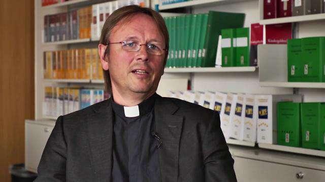 Cover: Sterbehilfe: Das sagt die katholische Kirche