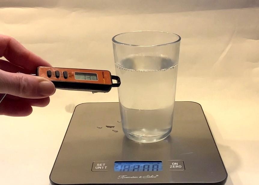 Cover: Mischung von Eis und kochendem Wasser